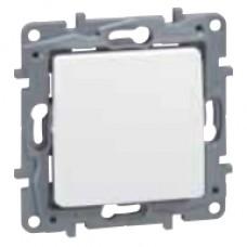 vypínač č.6 IP44 Legrand Niloé 764524 biely