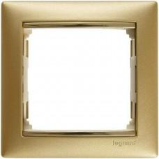 zlato matné/zlatý prúžok 1 rámik Legrand Valena klasik 770301